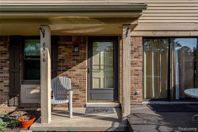8516 Dogwood Lane, Warren, MI 48093 (MLS #2210078003) :: The BRAND Real Estate