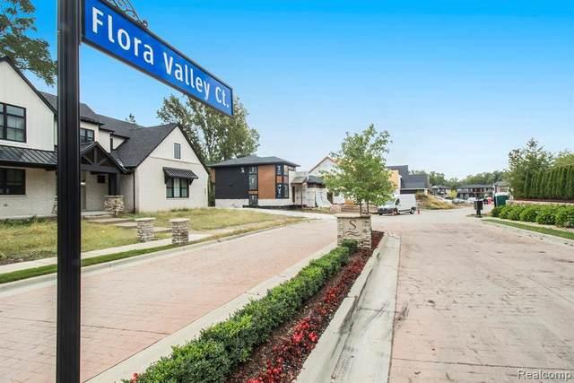 554 Flora Valley Crt, Rochester Hills, MI 48307 (MLS #2210079099) :: The Tom Lipinski Team at Keller Williams Lakeside Market Center