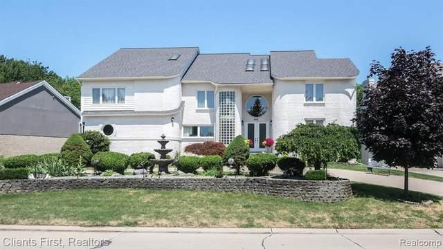 6141 Oak Trail, Update, MI 48322 (MLS #2210081626) :: Kelder Real Estate Group