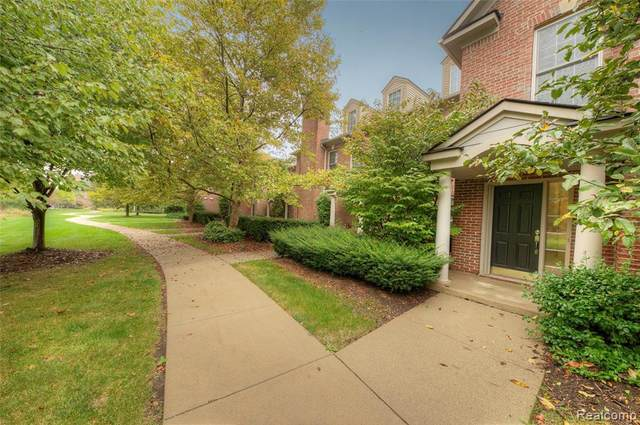 5738 Wellesley Ln, Ypsilanti, MI 48197 (MLS #2210084918) :: Kelder Real Estate Group