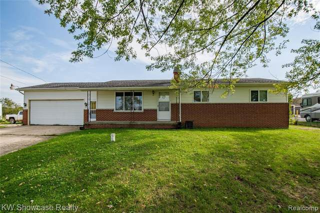 10429 N Holly Rd, Holly, MI 48442 (MLS #2210085963) :: The BRAND Real Estate