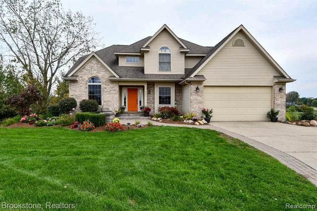 6461 Island Crt, Grand Blanc, MI 48439 (MLS #2210085748) :: Kelder Real Estate Group