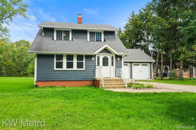 7954 Forrestway Dr, Monroe, MI 48161 (MLS #2210085448) :: Kelder Real Estate Group