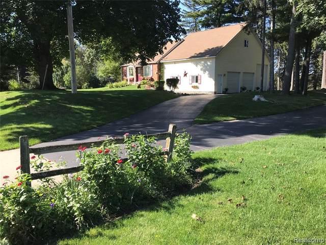 1117 N Bridge St, Linden, MI 48451 (MLS #2210086479) :: Kelder Real Estate Group