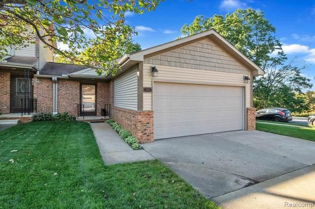 900 Moore Dr, Chelsea, MI 48118 (MLS #2210088550) :: Kelder Real Estate Group