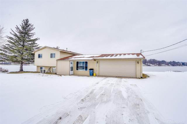 9880 Dixie Highway, Clarkston, MI 48348 (MLS #50035577) :: The BRAND Real Estate
