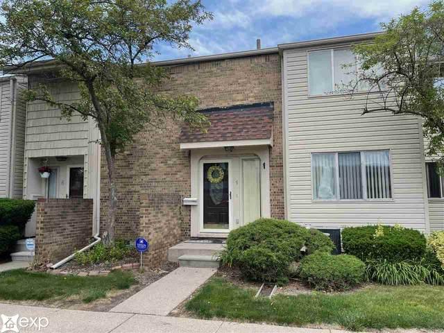 5 Richmond Towne St, Southfield, MI 48075 (MLS #50044242) :: Kelder Real Estate Group