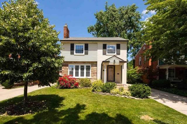1928 Prestwick Rd, Grosse Pointe Woods, MI 48236 (MLS #50045017) :: Kelder Real Estate Group