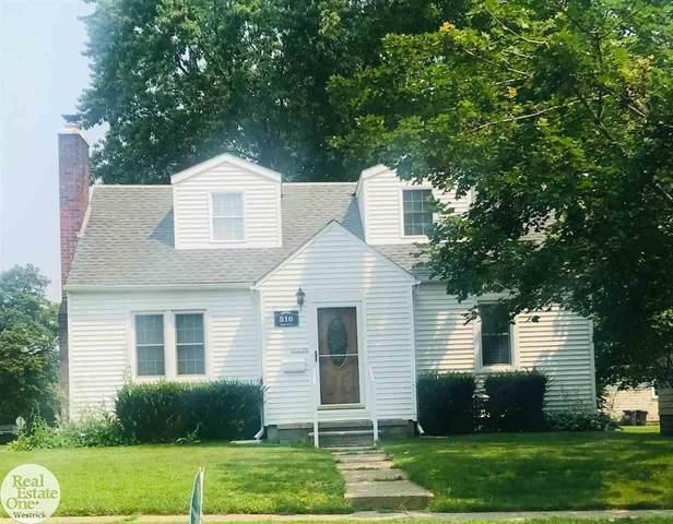 516 Adams, Saint Clair, MI 48079 (MLS #50047839) :: Kelder Real Estate Group