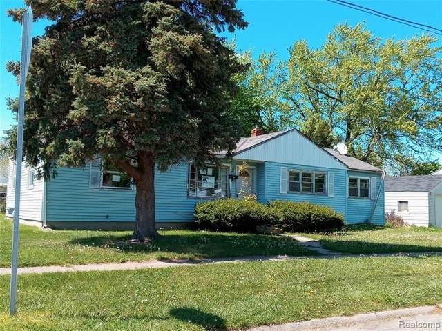 1301 Lavender Ave, Flint, MI 48504 (MLS #2200020133) :: Kelder Real Estate Group