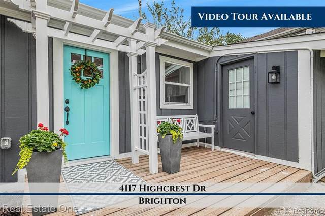 4117 Highcrest Dr, Brighton, MI 48116 (MLS #2210040284) :: The BRAND Real Estate