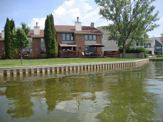 2226 Bowles St, Fenton, MI 48430 (MLS #2210044033) :: The BRAND Real Estate