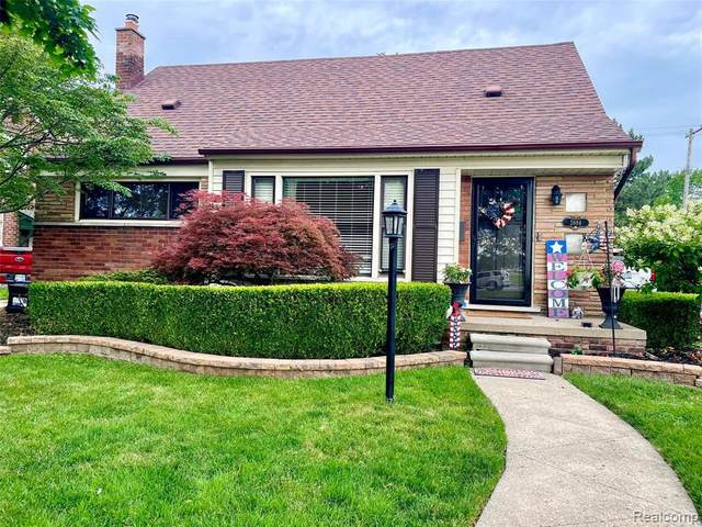 2684 Gorno St, Trenton, MI 48183 (MLS #2210048233) :: Kelder Real Estate Group