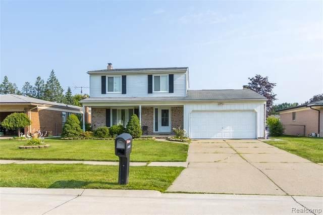 5051 Amherst Dr, Sterling Heights, MI 48310 (MLS #2210052307) :: Kelder Real Estate Group