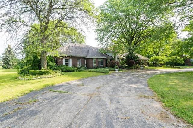5201 Chicago Rd, Warren, MI 48092 (MLS #2210052400) :: Kelder Real Estate Group