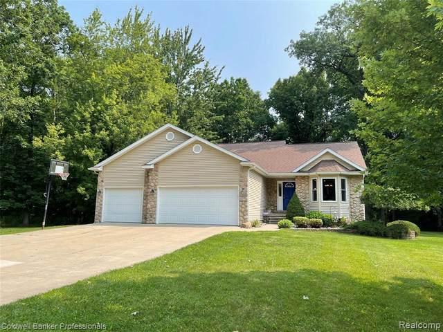 1175 Derby Blvd, Flint, MI 48532 (MLS #2210054546) :: Kelder Real Estate Group