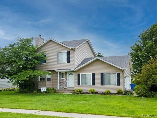 2624 Bonita Dr, Update, MI 48329 (MLS #2210055571) :: Kelder Real Estate Group