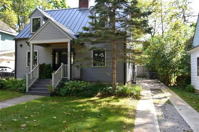 906 Gott St, Ann Arbor, MI 48103 (MLS #2210060536) :: Kelder Real Estate Group
