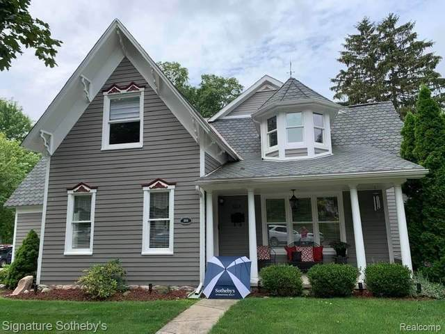 605 Hickory St, Milford, MI 48381 (MLS #2210067123) :: The BRAND Real Estate