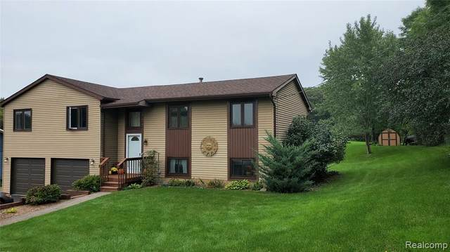 5410 Edgar Rd, Clarkston, MI 48346 (MLS #2210084536) :: Kelder Real Estate Group