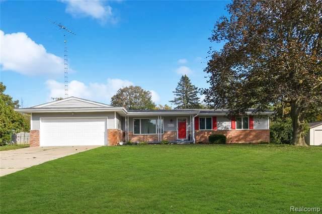6327 Tanglewood Lane, Grand Blanc, MI 48439 (MLS #2210086369) :: Kelder Real Estate Group