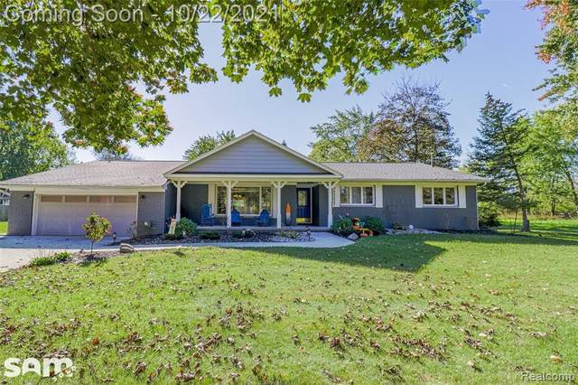 4472 Mccandlish Rd, Grand Blanc, MI 48439 (MLS #2210088161) :: The BRAND Real Estate