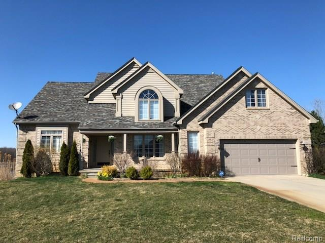 10469 Grandview Dr, Goodrich, MI 48438 (MLS #218036137) :: The John Wentworth Group