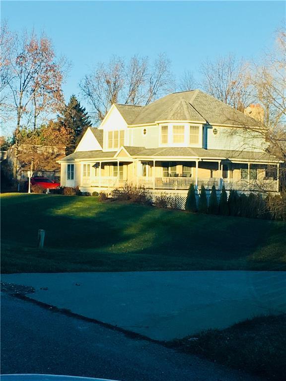 639 Peach Tree Ln, Milford, MI 48381 (MLS #218118430) :: The John Wentworth Group