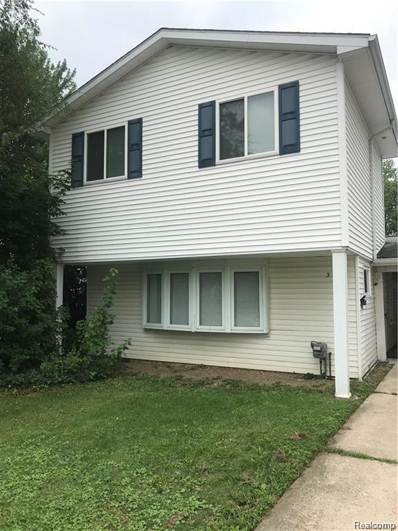 3507 Gardner Ave, Berkley, MI 48072 (MLS #219006331) :: The John Wentworth Group
