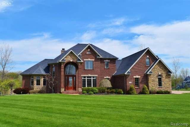 11200 Vantage Pointe Dr, Linden, MI 48451 (MLS #219034478) :: The John Wentworth Group