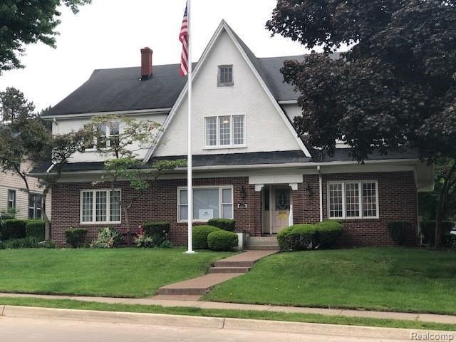 806 Oakwood Blvd, Dearborn, MI 48124 (MLS #219050520) :: The Tom Lipinski Team at Keller Williams Lakeside Market Center