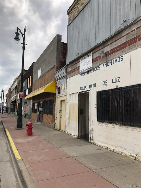 6343 Michigan Ave, Detroit, MI 48210 (MLS #219070049) :: The Tom Lipinski Team at Keller Williams Lakeside Market Center
