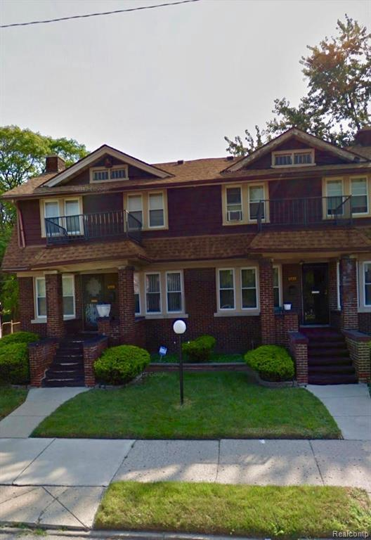 8970 E Mackinaw St S, Detroit, MI 48204 (MLS #219070669) :: The John Wentworth Group