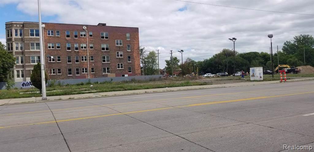 8400 Woodward Ave - Photo 1