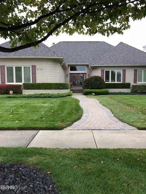 47324 Bobwhite, Shelby Twp, MI 48315 (MLS #31362794) :: The Tom Lipinski Team at Keller Williams Lakeside Market Center