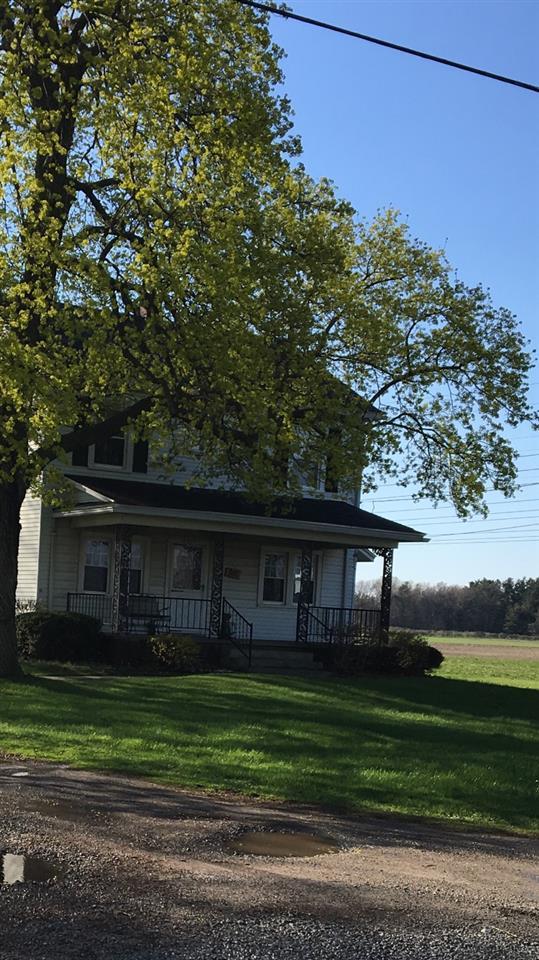 10221 S Dixie, Erie, MI 48133 (MLS #31381160) :: The John Wentworth Group