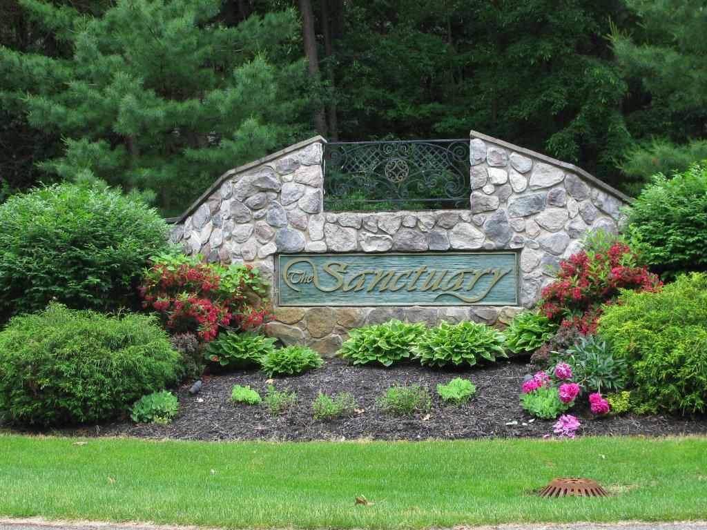 Sanctuary Dr - Photo 1