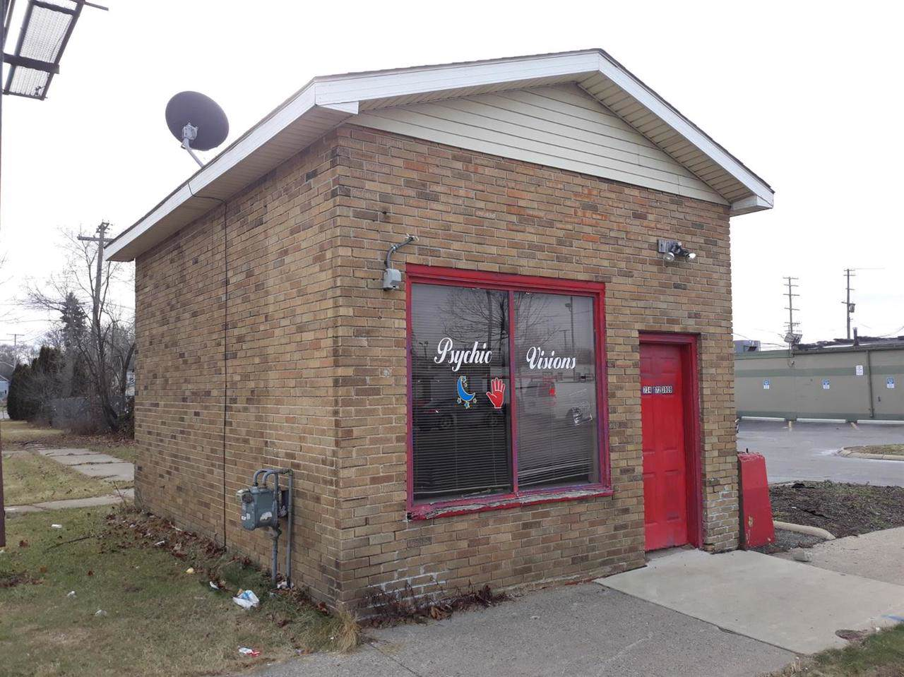 324 Michigan Ave - Photo 1