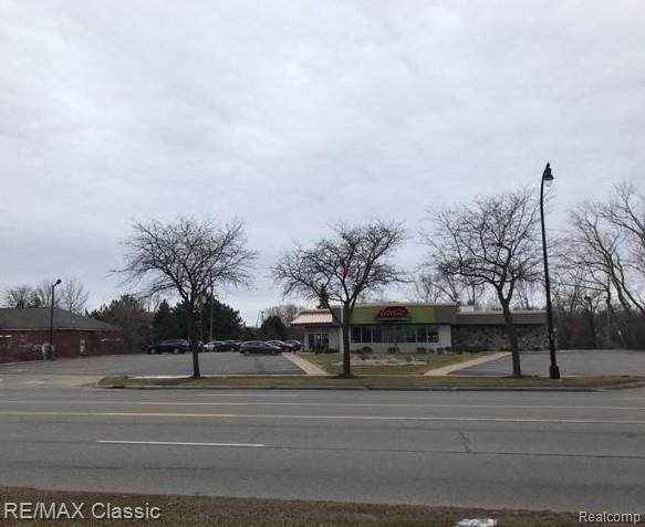 33427 Plymouth Rd Rd, Livonia, MI 48150 (MLS #2200010400) :: Kelder Real Estate Group