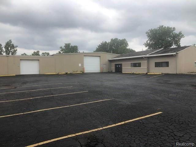 2632 Lippincott Blvd, Flint, MI 48507 (MLS #2200030518) :: The Tom Lipinski Team at Keller Williams Lakeside Market Center