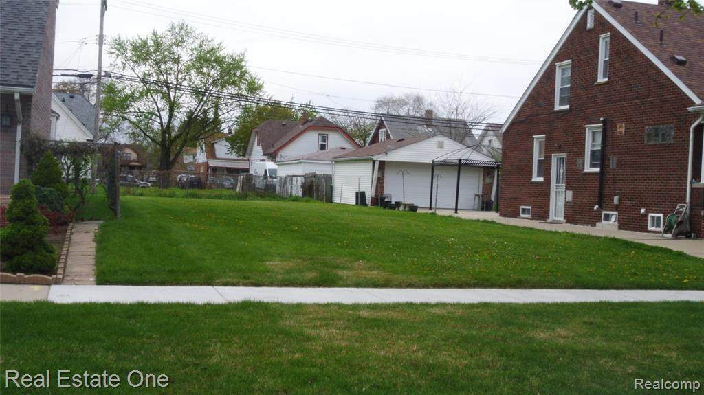 7519 Orchard Ave - Photo 1