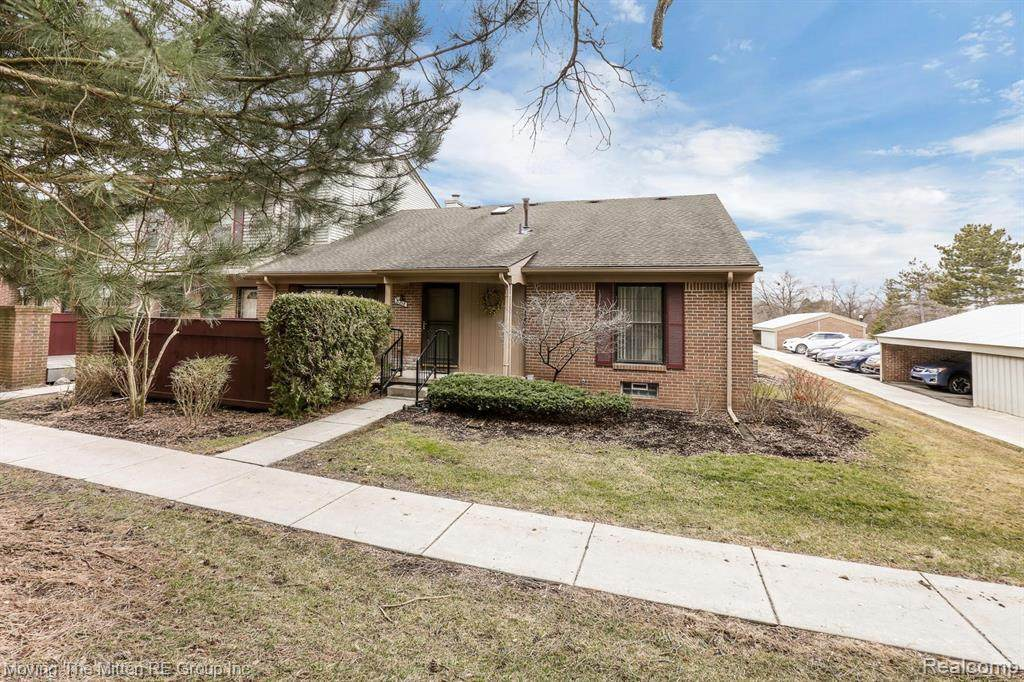 31218 Country Way - Photo 1