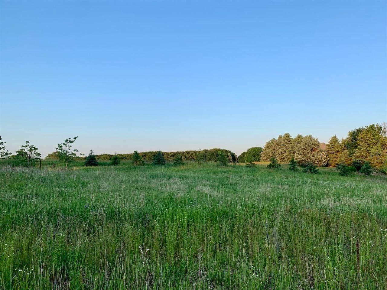 3 Charter Oak Ln - Photo 1