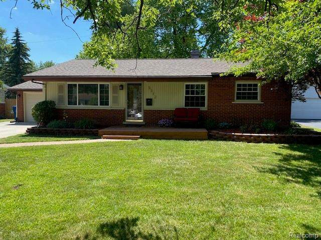5312 Greenleaf Dr, Swartz Creek, MI 48473 (MLS #2200049850) :: Scot Brothers Real Estate