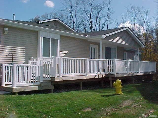 9504 Timber Ridge Dr, Grand Blanc, MI 48439 (MLS #2200049867) :: Scot Brothers Real Estate