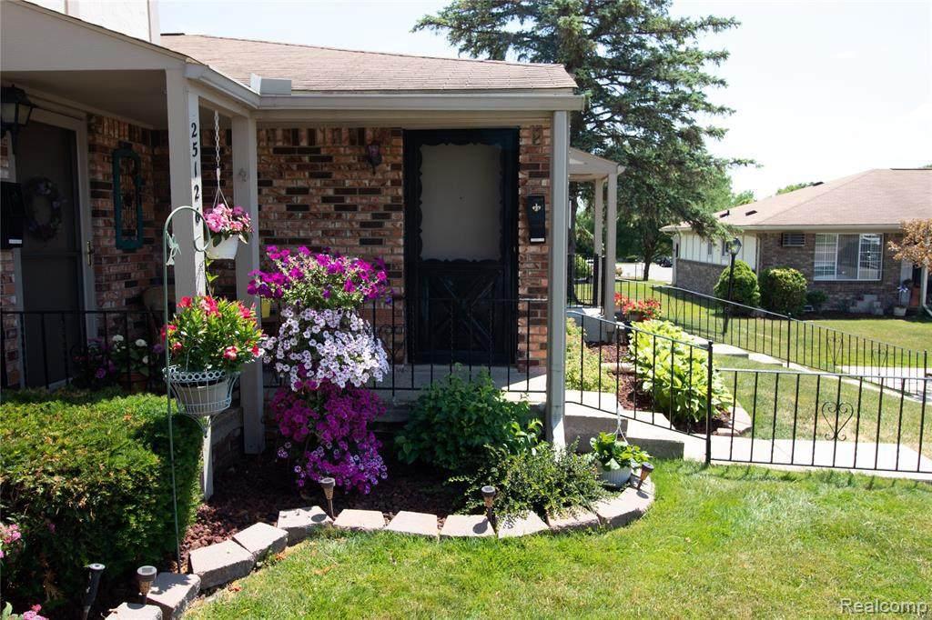25124 Franklin Terrace W - Photo 1