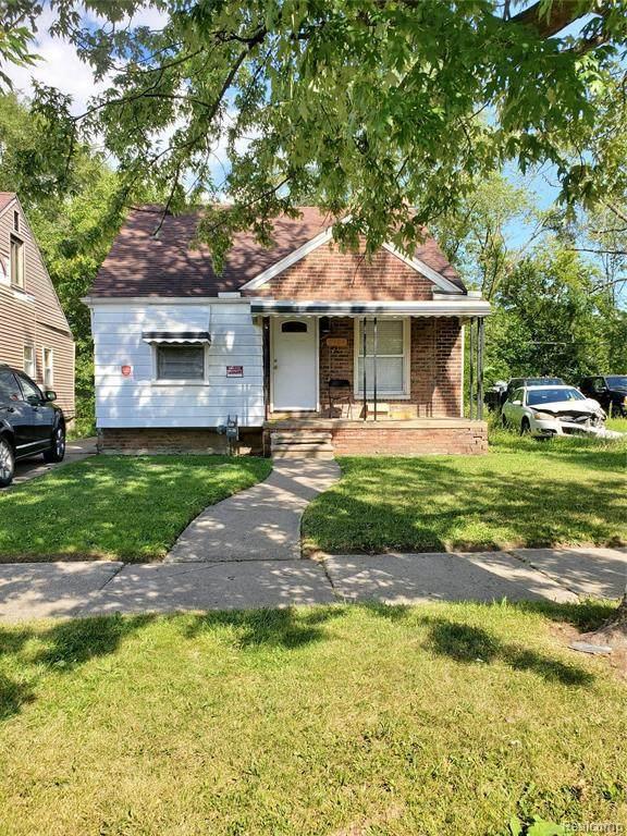 8424 Plainview Ave - Photo 1