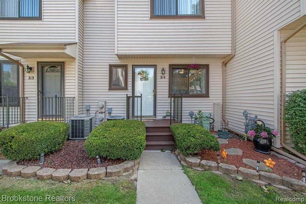 50676 Jefferson Ave Apt 4 Ave - Photo 1