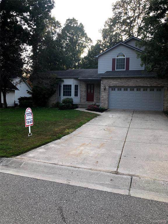 5094 Mark David Dr, Swartz Creek, MI 48473 (MLS #2200079455) :: Scot Brothers Real Estate