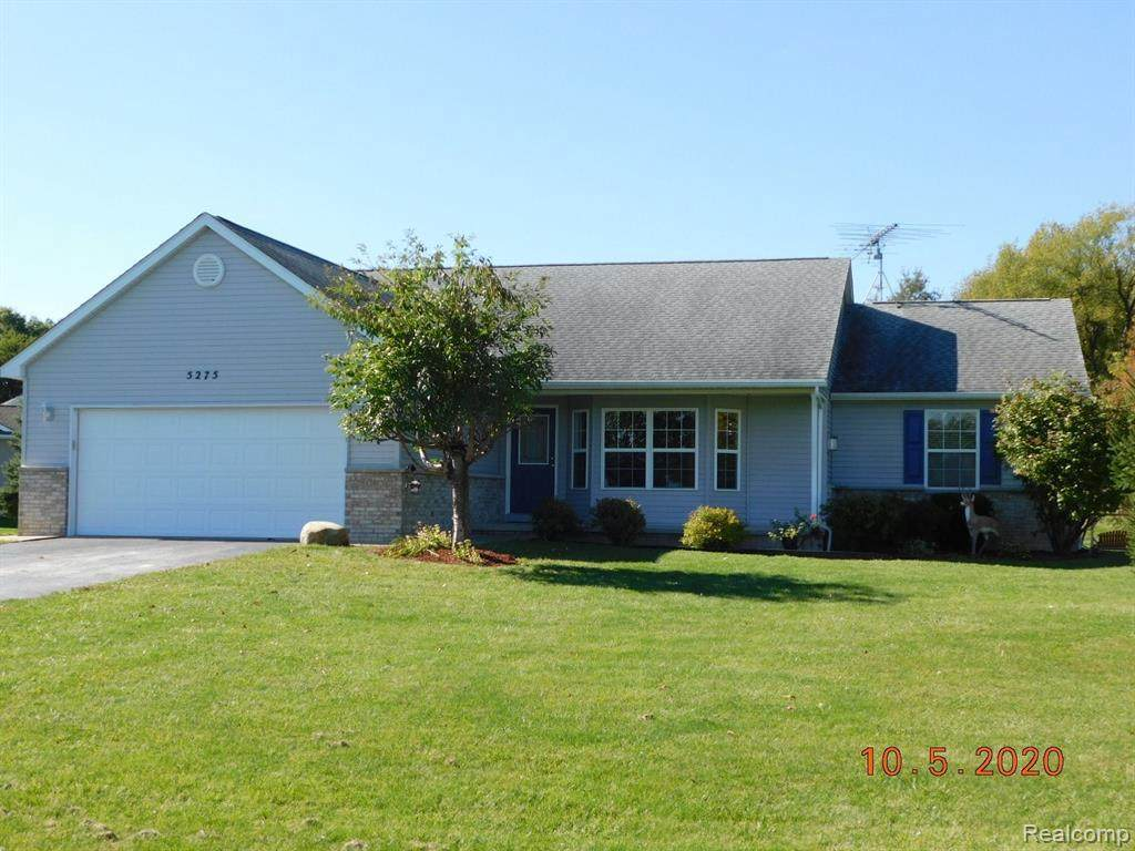 5275 Spruceview Ln - Photo 1